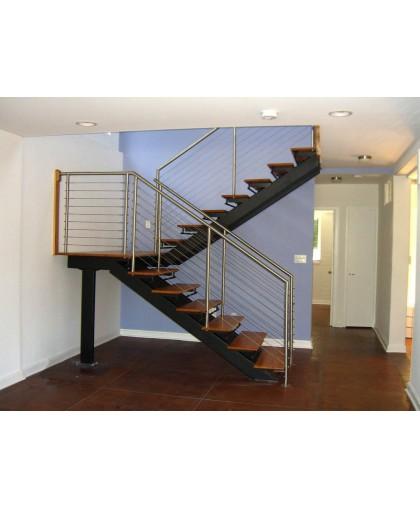 Лестница с площадкой - 1