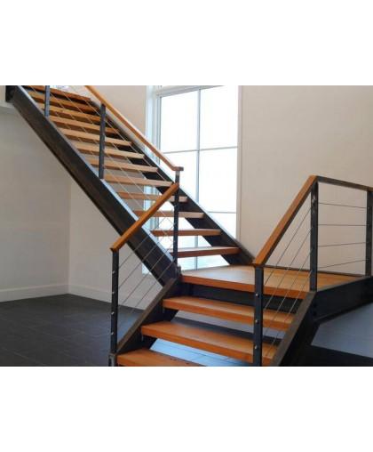 Лестница с площадкой - 2